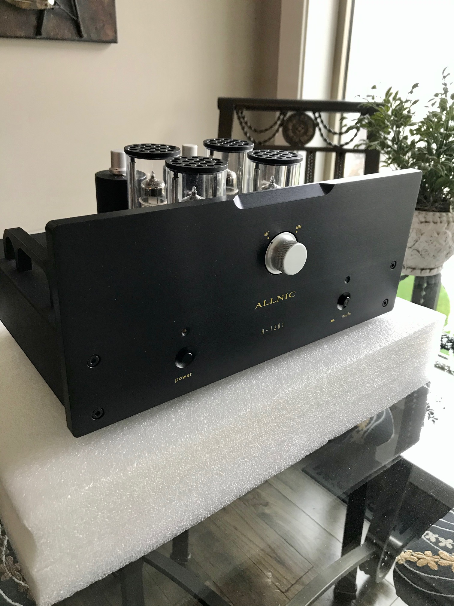 Allnic H1201 Phono Stage
