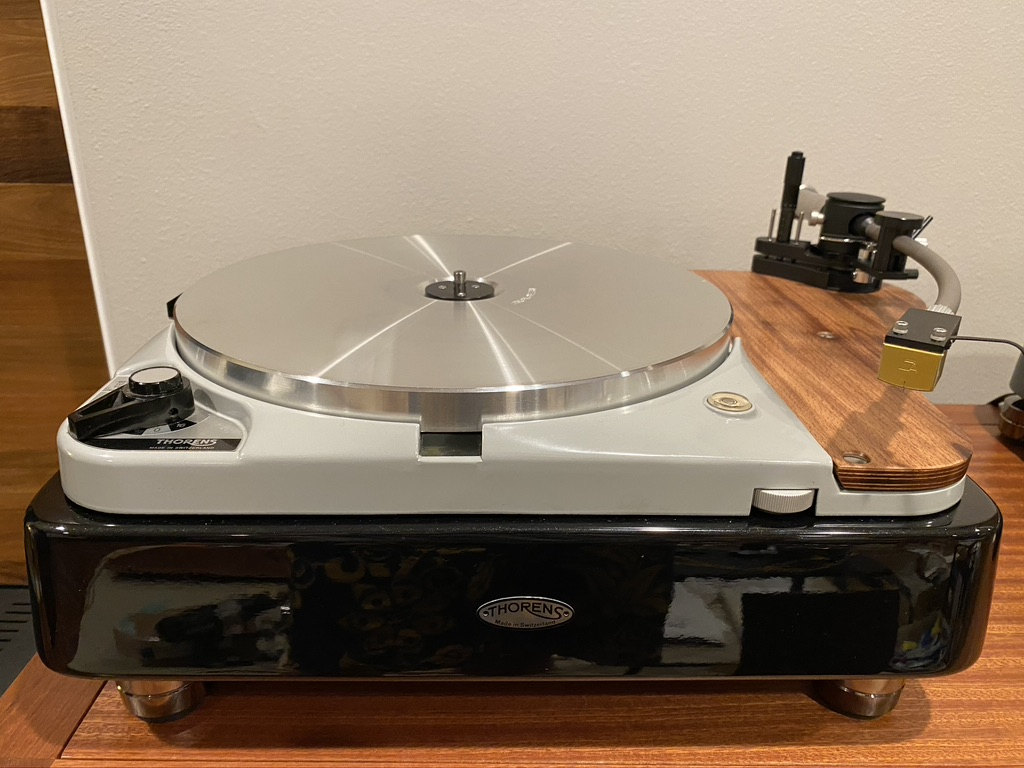THORENS TD124 MK2 -Loaded, Turnkey And Amazing